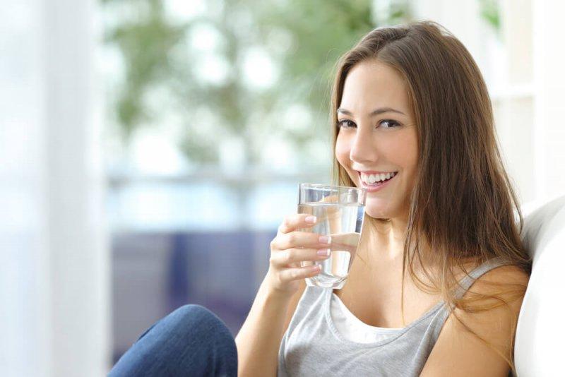 יתרונות שתיית מים לבריאות