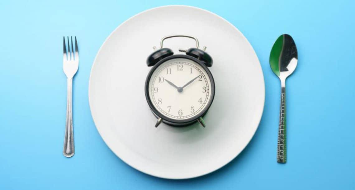 האם בריא לצום לפעמים ?